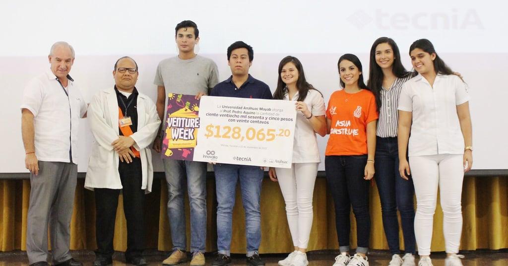 Venture Week otorga donativo a Pedro Aquino de Medicina