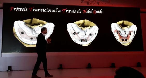 Presenta conferencia en Simposio Internacional.jpg
