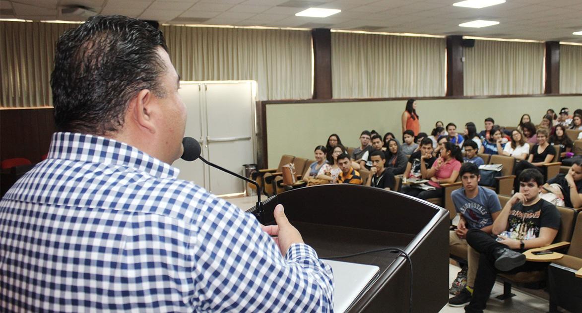 Cátedra Prima Rafael Quiroz
